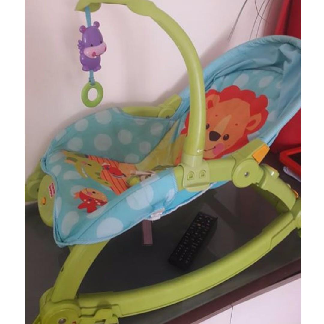Fisher-price Newborn-to-Toddler Portable Rocker