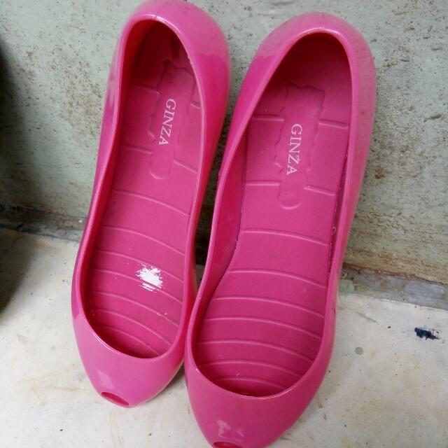 flat shoes shocking pink