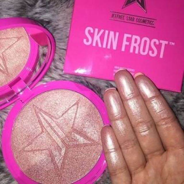 JEFFREE STAR SKIN FROST PEACH GODDESS