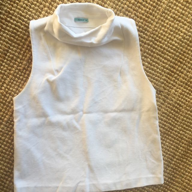 KOOKAI Turtle Neck Sleeveless Shirt
