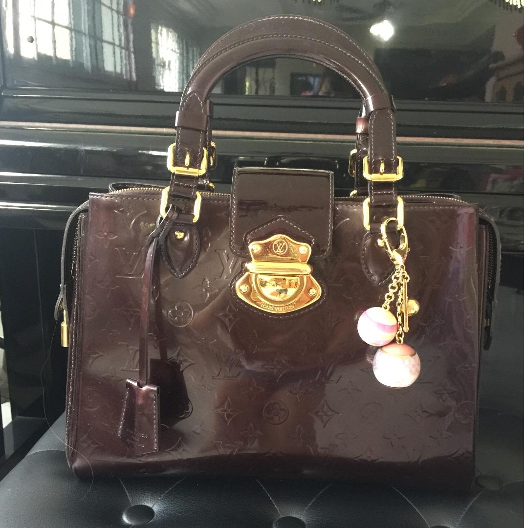 47ffb851fa8 LV Louis Vuitton Monogram Vernis Melrose Avenue Large Bag Amarante ...
