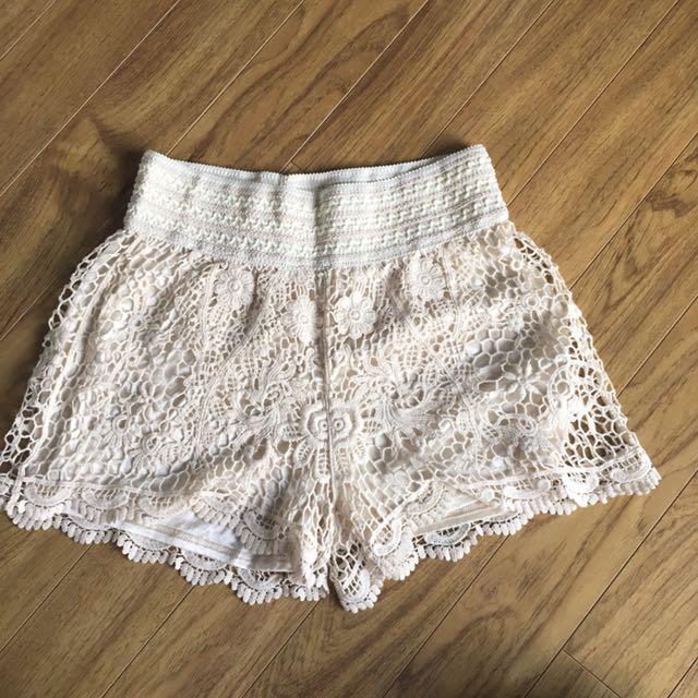 Monteau Flowy Shorts