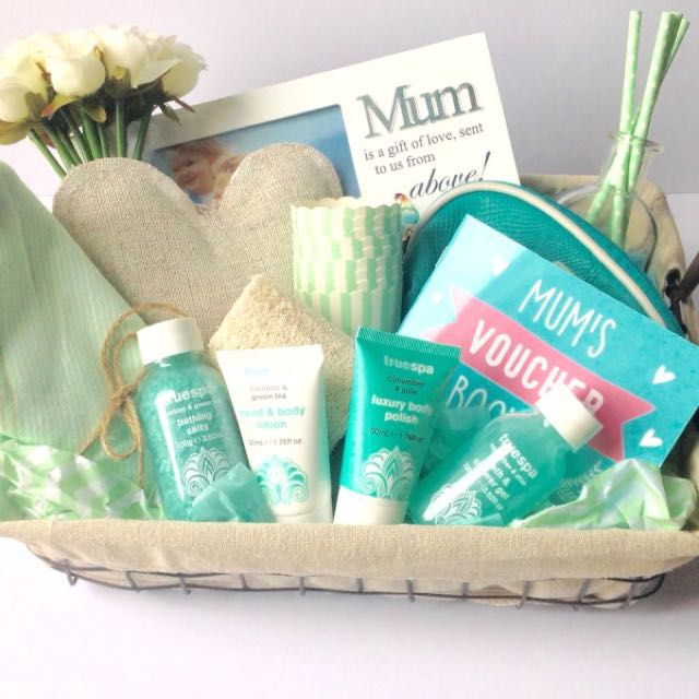 Mums Treat Gift Box