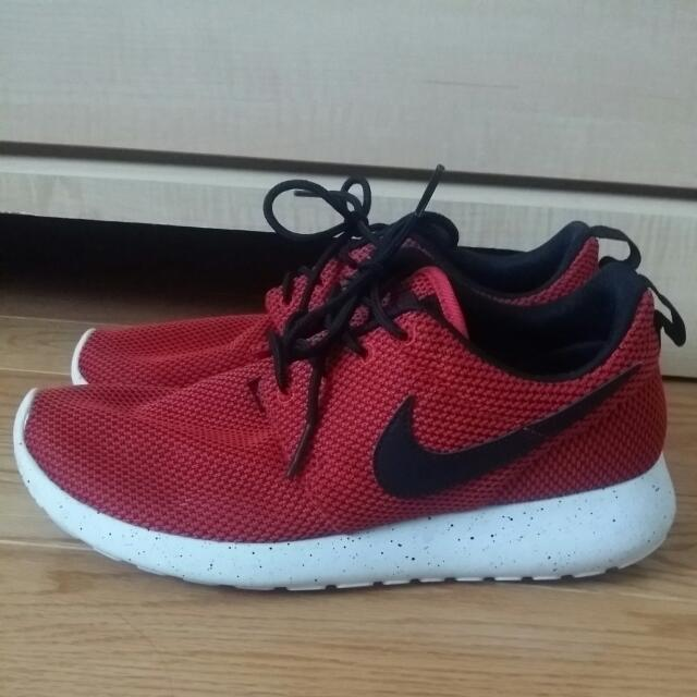Nike Roshe Red/Black