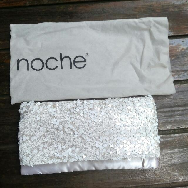 Preloved Noche Clutch
