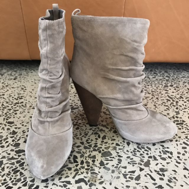 Sachi Suede Boots Size 38