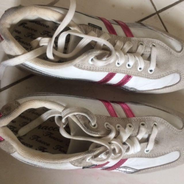 Sepatu Tracce