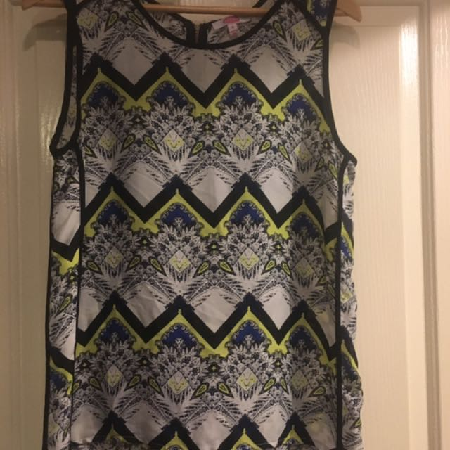 SES Size 8 Top