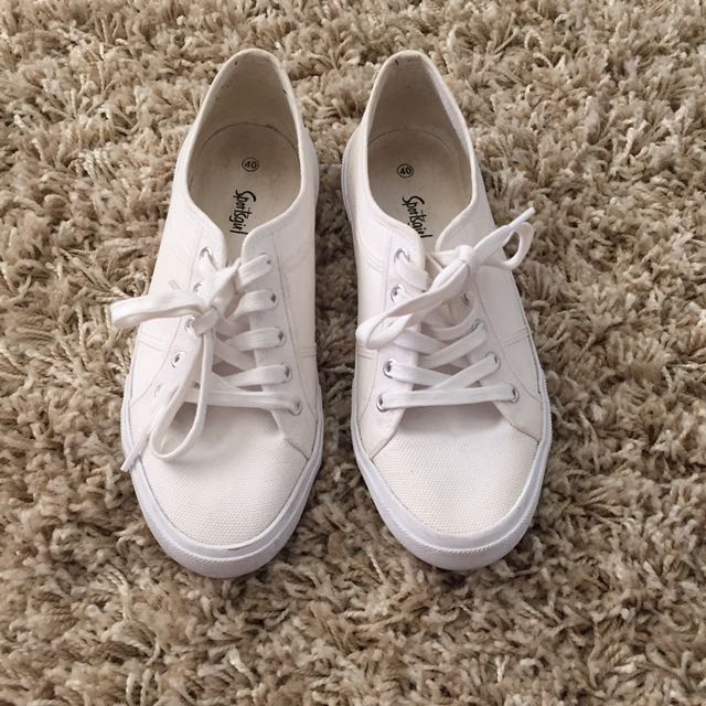 Sportsgirl Size 9 Sneakers $5 With Another Purchase