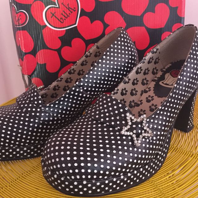 Tuk Shoes. Size 40. Spots And Stars