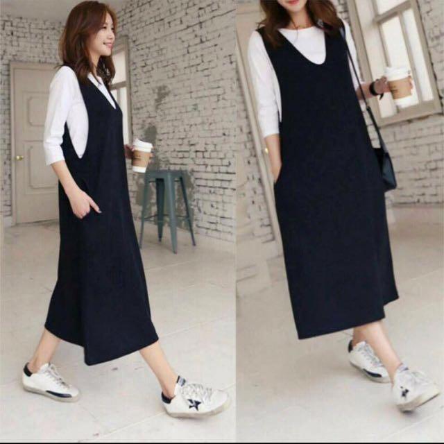 韓國熱賣黑色開V長洋裝