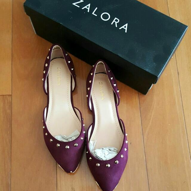 Zalora Flats