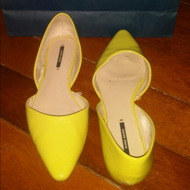 SALE!! Zara Lime Green Flats (size 9 ideal for size 8)