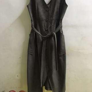 代售 正韓 麂皮 背心洋裝 (墨綠)