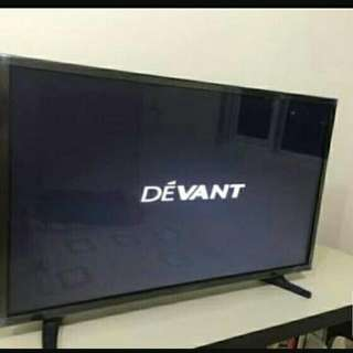 DEVANT 32INCHES SMART TV .WITH TV PLUS .