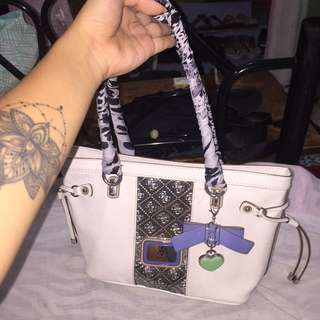 Legit Guess bag