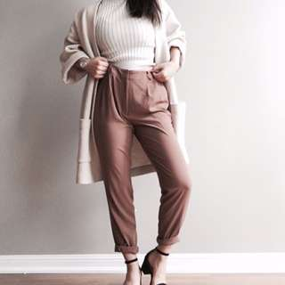 Tapered Pants/ Ribbed turtleneck