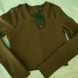 Cute ZARA Army Green Crop With Shoulder Cutouts