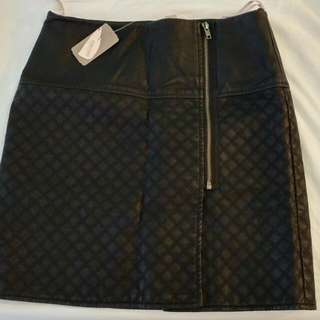Quilted Faux Leather Skirt With Zipper Black M