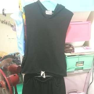 黑色休閒套裝