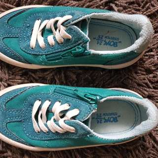 Toddler Turquoise Shoes Size 24/25