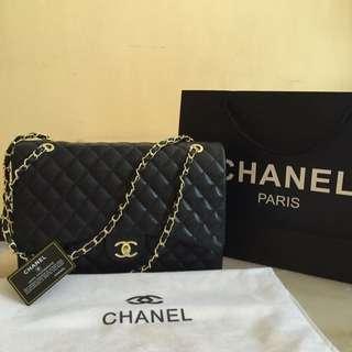 Chanel Maxi Caviar😍