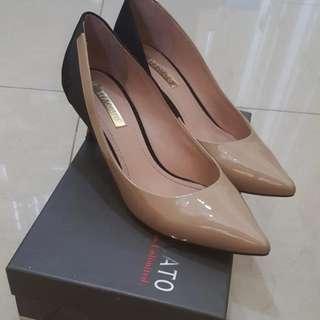 Preloved Staccato Heel