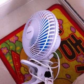 Fan 風扇 插電