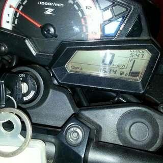 Kawasaki z250 2014 90% almost new
