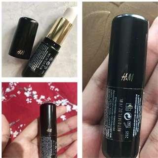 Preloved lip primer fixarion ( base sblm memakai lipstik ) By H&m