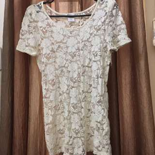 CHARLOTTE RUSSE Cream Top