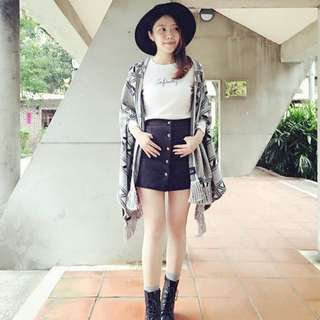 LOVFEE 黑色麂皮 百搭A字排釦口袋短裙