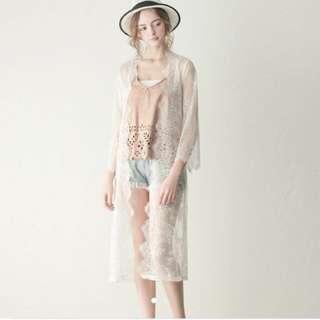 Lovfee白色蕾絲長版罩衫 薄外套 比基尼罩衫
