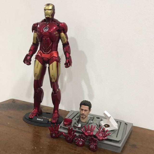 1/6 Hot Toys Iron Man IV