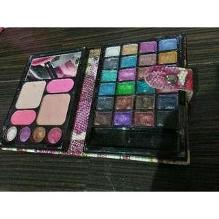 Dompet Makeup Pallete
