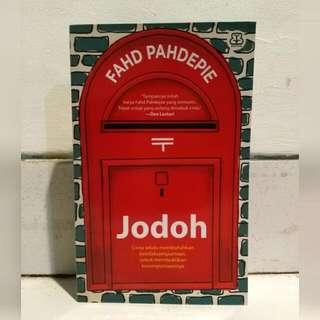 Novel 'Jodoh' (Fahd Pahdepie)