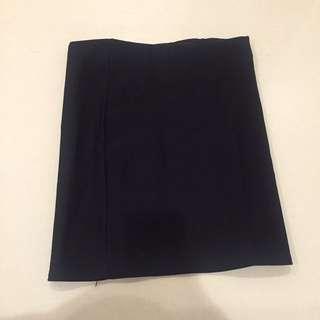 素面彈性黑窄裙