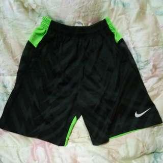 Celana Olahraga Nike