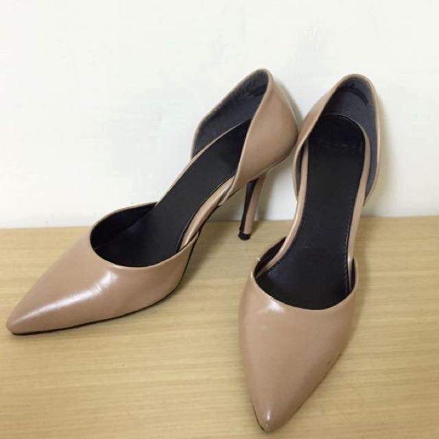 9成新 Pazzo 奶茶裸膚色高跟鞋 23.5   #五百元好女鞋
