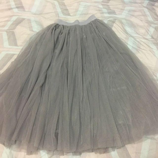 👗淺灰紗網長裙