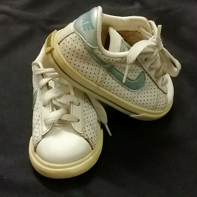 7fcaaf1fc503 Nike Sweet Classic - Kids Shoe