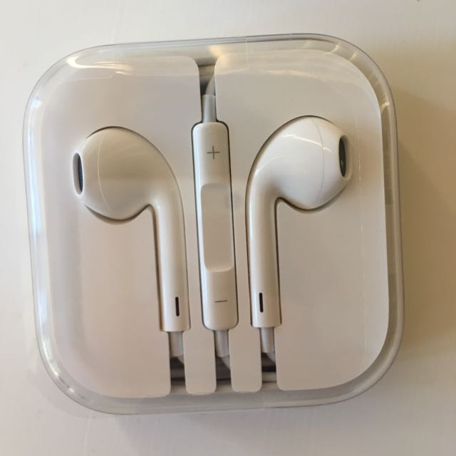 Authentic Apple Earphones
