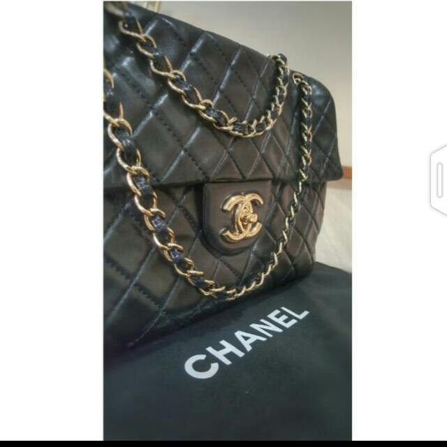 76558e2779cd Authentic CHANEL Quilted Lambskin Leather Vintage Maxi Flap Bag ...