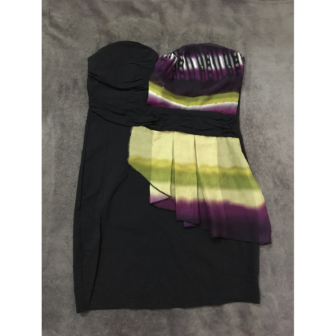 Black tube dress with patterned detail