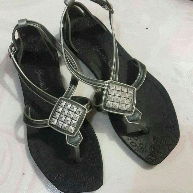 Boardwalk Black Floral Sandals