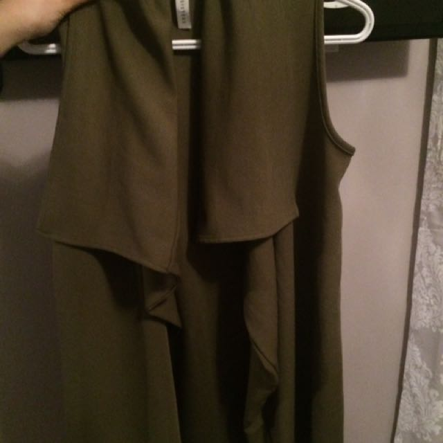 Boutique M Olive Green Throw Over