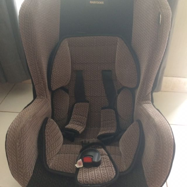 Carseat brand BABYDOES