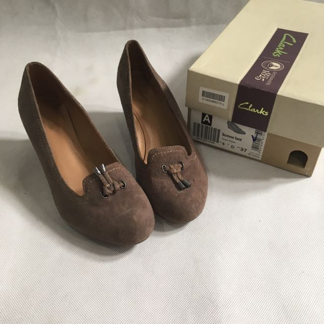 (new!) Clarks Pumps Shoes Perfect Condition
