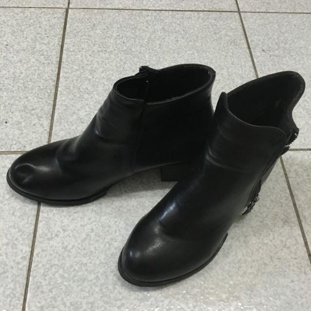 D+AF 基本百搭款黑靴(近全新)