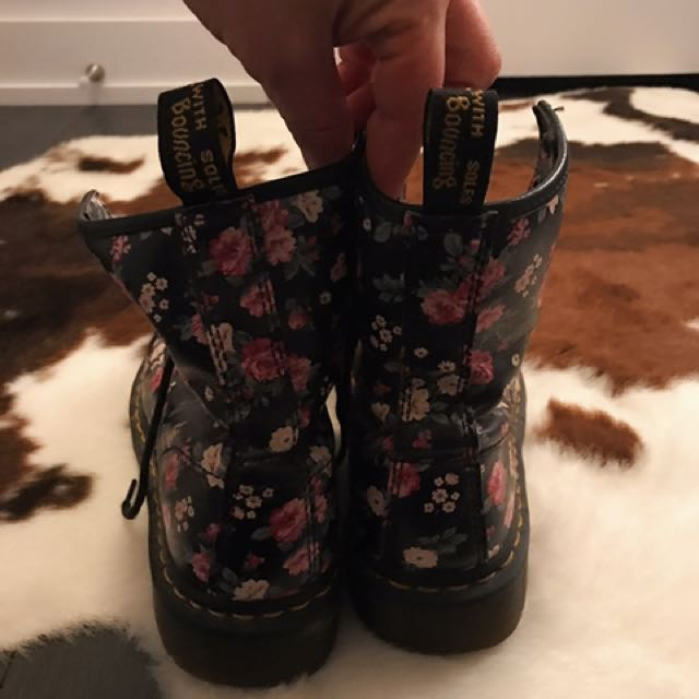 Dr Martens In Great Condition !!